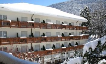 Hotel Miralago – Molveno***