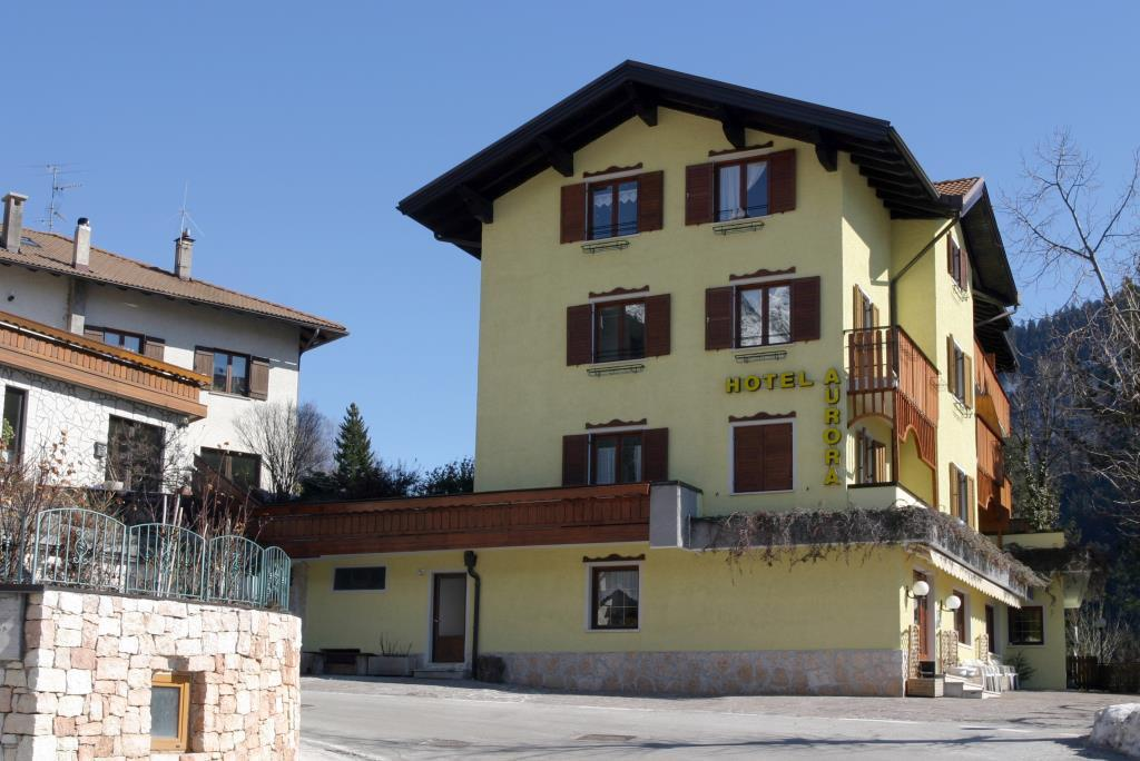 28-10971-Itálie-Molveno-Hotel-Aurora-Molveno